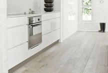 Kitchens / by Kevin Underwood