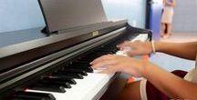 Música ISP / El objetivo de la enseñanza musical del International School Peñiscola es integrar el aprendizaje musical a las asignaturas que se imparten en un conservatorio profesional de música.