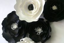 Paper flowers / Crafts