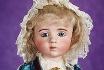 Decades of Theriault's Highlight Dolls / A gallery of some of the world's most coveted dolls sold at Theriault's auctions.
