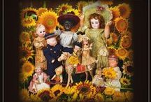 Theriault's Catalog Covers / A collection of various catalog covers Theriaults had published for is past auctions. Spanning many collections of wonderful antique and modern dolls, toys, childhood ephemera, and ladies objects.