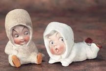 Brothers and Sisters / Brothers and Sisters, antique and modern dolls that remind us of family.