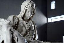 Cast of Michelangelo's Pietà by FeliceCalchi / http://www.felicecalchi.com/en/mnu-statue/144-mod-s11.html
