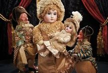 Only Child, Auction Highlights March 28-29, 2015 / Marquis Doll Auction. Las Vegas, Nevada, March 28-29, 2015 at the Bellagio Hotel. Featuring exquisite French bébés and automata, early porcelain and sculpted hair bisque ladies, fully furnished dollhouses, German bisque characters, French and German black dolls, German handwind vignettes by Zinner and Sohne, fine mignonettes, rare peddler dolls to clowns with rare bisque character heads, fine early dolls in their original costumes and boxes. More than 500 lots will be offered.