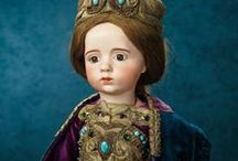 """Forever Young"" A Theriault's Auction Event January 9-10, 2016 / The collection of early dolls gathered by Alice Florence Schott in the early/mid-1900s then bequeathed to the Santa Barbara Museum of Art. Plus other French bisque dolls and automata from private collections and French estates. http://www.theriaults.com"