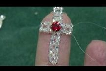 Crosses to make with Beads and with Wire / Beautiful Gifts