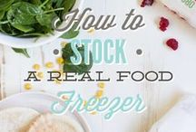 Freezer Tips & Techniques / Tips, tricks and techniques for making the most of your freezer, and ensuring it is always filled with delicious meals.  Freezer tips for meals | freezer tips for recipes