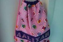 Ritstasjes en tassen / Leuke ritstasjes en gemaakte tassen