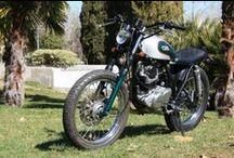 Street Mc Green Cafe Racer Obsession / La Street Mc Green es una Classic 250 en la que se aúna la estética de una road italiana con la de una moto campera inglesa. By CRO.