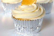 Cupcakes / When a whole cake is too much temptation, try a cupcake instead.