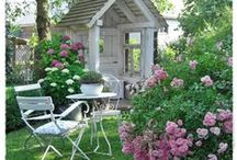 Entertaining Outdoors / by Jan Fox