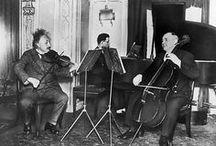 Violin playing physicist / Albert Einstein