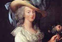 la solitudine di una regina / Una donna che non aveva se non gli onori senza il potere, una principessa straniera, il più sacro degli ostaggi, trascinarla dal trono al patibolo, attraverso o