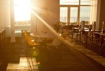 Vesper Restaurant - Welcome to our lobby, the elegance of surprise / Our lobby completely changes at sunrise. It's a fresh start to a beautiful day. Share a moment with friends sipping cocktails in the lobby while looking out at the beautiful Noordwijk sunset. Let the last sparks of the sun brighten your evening.