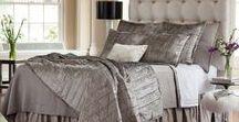 Moderne Bedding & Drapery / The Lili Alessandra Moderne Bedding Collection. Elegant bedding wit old Hollywood glam. #Bedding #Silver #Modern #Clean