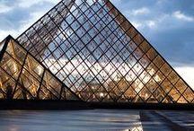 Pyramidit