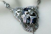 Jewellery / Diamonds and Pearls