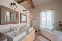 Bathrooms designs and ideas / Bathrooms in French country houses, châteaux and villas all renovated and varying in style