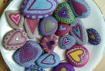 Painted stones / by Annie Wong