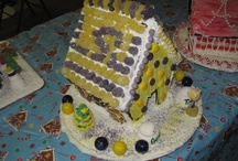 Christmas - Gingerbread Houses / by Susie Damm Wier Zanco