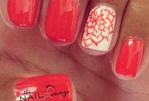 Nails / by Mary Ebraheem