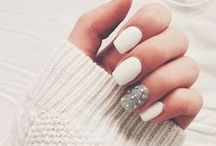 Nails / Pinterest: @kardelenezgi