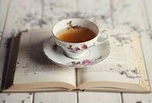 The Right Tea Moment / Tea moments that inspire us to stop, relax and enjoy the perfect cup of tea.