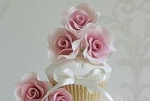Beautiful Cupcakes! / by Denise Rogers