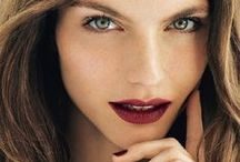 Fall in Love with Autumn / Deep burgundy, chocolaty browns and glowing cheeks. Autumn is finally here!