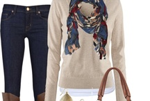 Mom Style / Just because we are moms doesn't mean we have to be frumpy! Moms have style too! #moms #style #fashion