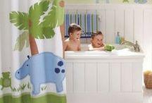 Łazienka dla DZIECKA, łazienki dzieci / Aranżacje łazienek dla dzieci. Łazienki dla dziecka. Kolorowa dziecięca łazienka. Wyposażenie łazienek, aranżacja łazienki, łazienka, w łazience, inspiracje, pomysł, projekt, baterie łazienkowe, ceramika łazienkowa, stelaż podtynkowy łazienkowy, deszczownica, Hansgrohe, Axor, Grohe, Kludi, Geberit, Huppe, Villeroy&Boch, Duravit, Roca