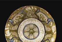 Mashreq. Materiales / El Máshreq, la parte oriental del mundo árabe. Oriente Medio. Todo tipo de materiales de origen islámico: tejidos, cerámica, piedra, etc...