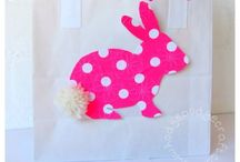 Easter craft for kids / Egg decorating, bunny crafts, chicks & all things Easter for little ones!