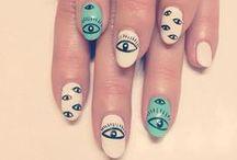 Mani Pedi / Everything nails!
