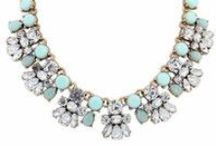 Trending Jewelry / See what pieces are trending this summer on Wish!