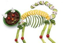 Halloween Tricks and Treats / Celebrate Halloween with friends and family with ghoulishly delicious treats!