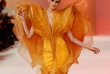 GOWNS & DRESSES / #Fashion, #Designer, #Gowns, #PromDress, #Dress ~ Gorgeous Gowns and Dresses