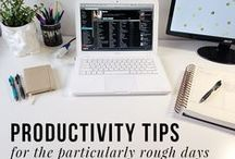 Work life tips to stay sane and smiling / Quotes to pin above your desk