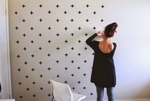 Wallpaper Vava / Wallpaper can warm up a space and give it that extra layer of depth.