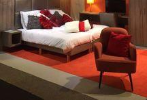 Hotel interieurs / Of het nu gaat om een hotelkamerinrichting, de entree van uw hotel, de lounge of een het restaurant. Wij staan garant voor een uniek interieur op maat!