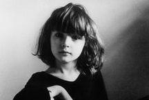 Дети черно- белое. Children black-and-white