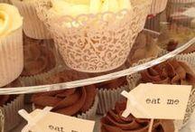 Wedding Cupcakes / www.designercakesbyelle.co.uk