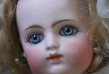 Beautiful antique doll / Antique dolls (Bebé,  Paria ,Porcelain,All-Bisque ) Video. / by grazia carla campione