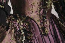Historical Dress & Accesserios
