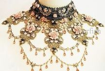 Collar / Antique- Vintage-Embroidery