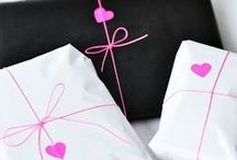 GIFT & WRAPPING IDEAS / by Loretto Ramos