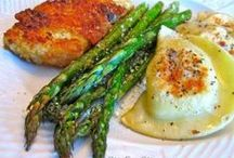 Dinner Easy Recipes / Life is busy, so why not make dinner easy? Bowdabra presents a series of quick recipes from around the Internet that makes dinner…easy! / by Bowdabra @Bowdabra.com