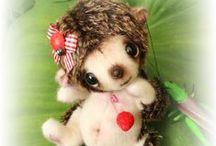 hedgehog, squirrel and others bear friends / A sweet hedgehog http://leslilyz.blogspot.fr/