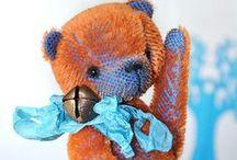 artist bear / Bears and friend bears in alpaca, mohair, sassy bear fabric, hand made for collector