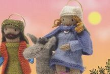 Christmas Knits / Knitted Christmas figures from books by Fiona Goble